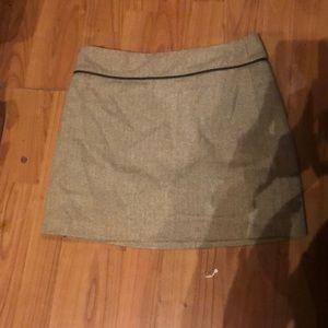 Tan/whi wool mini skirt sz 2 old navy